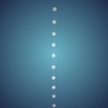 Schneeflockengirlande aus schwer entflammbarer Schneewatte, Dicke: ~ 2 cm, 10 Flocken à 8 cm, Länge: ~ 180 cm